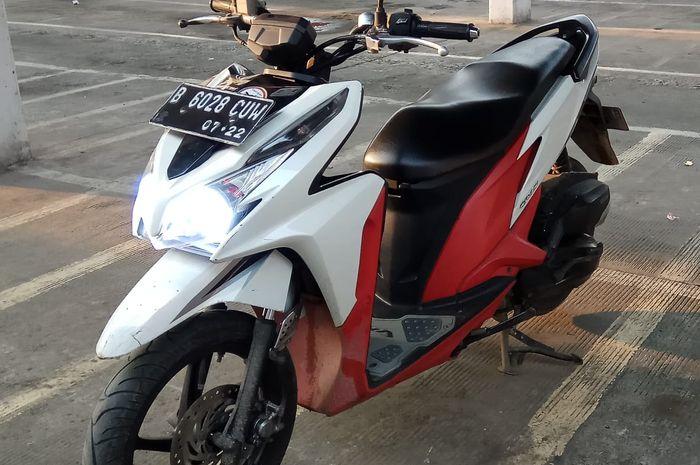 Honda Vario 125 pakai setang BeAT Street