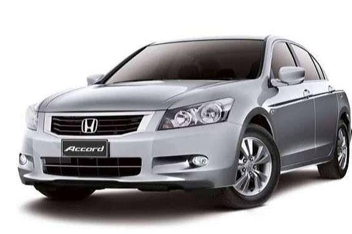 Ilustrasi Honda Accord generasi kedelapan