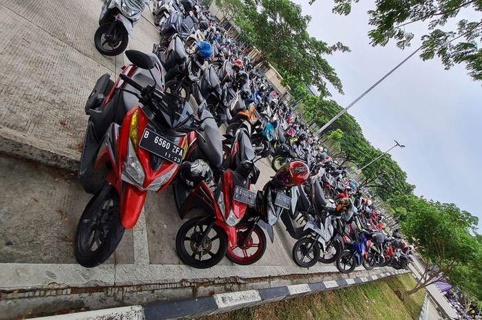 Parkiran motor Bandara Soekarno-Hatta