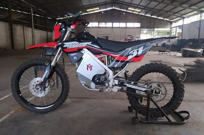 Konversi motor trail ke motor listrik oleh Mandhasia Garage(Dok. Aditya - Mandhasia Garage)