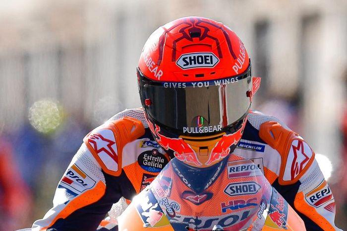 Terungkap, ini alasan helm motor dengan grafis replika pembalap harganya lebih mahal dari helm motor grafis biasa.