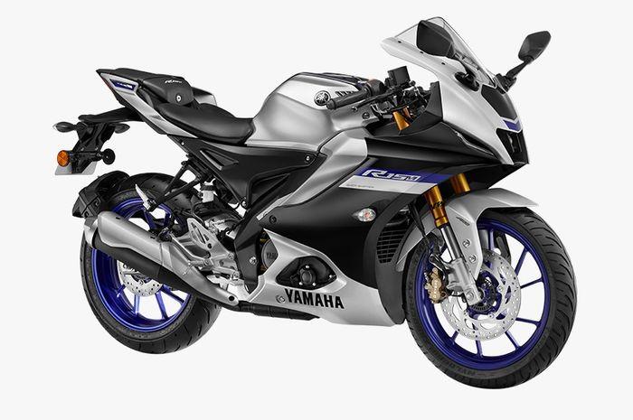 Yamaha R15M Metallic Grey