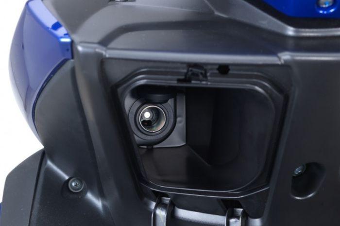 Begini Cara Perlakukan Power Outlet di Yamaha Aerox 155 VVA
