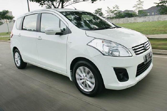 Daftar Suzuki Ertiga 2015 Terbaru Juni 2020 Tipe Gl Facelift M T Cuma Segini Gridoto Com