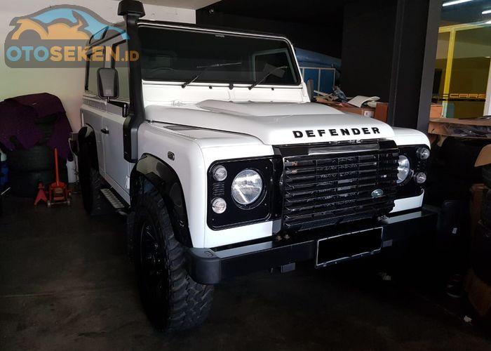 Mobil Bekas Land Rover Cocok Buat Investasi Jual Defender Untung 30 Dari Harga Beli Gridoto Com