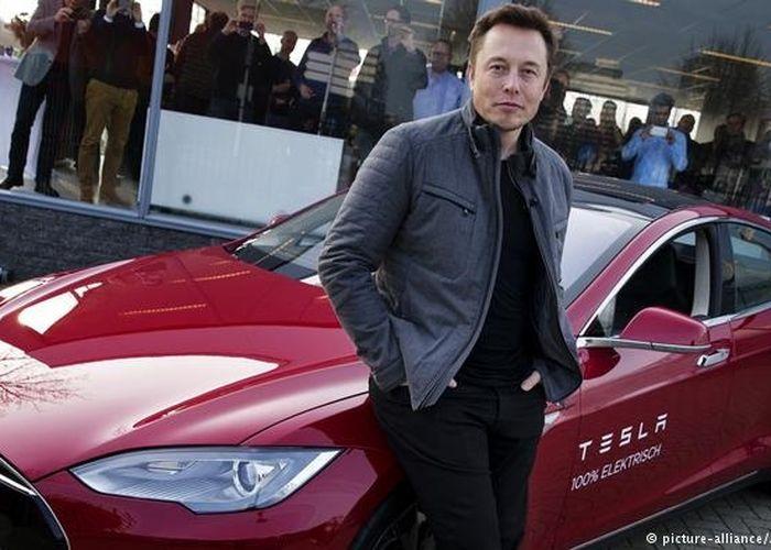 Warganet Bertanya Apa Mobil Favorit Ceo Tesla Ini Jawaban Elon Musk Gridoto Com