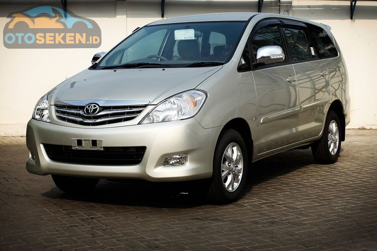 Daftar Toyota Kijang Innova Diesel 2010 Terbaru Mei 2020 V M T Facelift Rp 100 Jutaan Gridoto Com