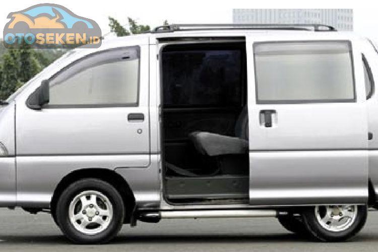 Nostalgia Daihatsu Zebra Espass Minibus Yang Punya Bentuk Aerodinamis Gridoto Com