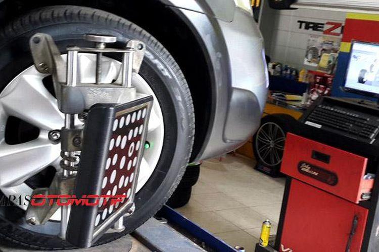Pentingnya Melakukan Spooring Dan Balancing Pada Mobil Ini Waktunya Gridoto Com