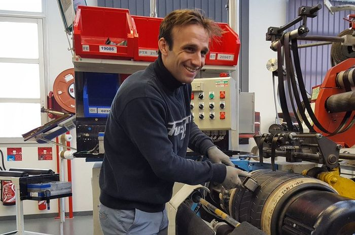 Johann Zarco resmi gabung KTM