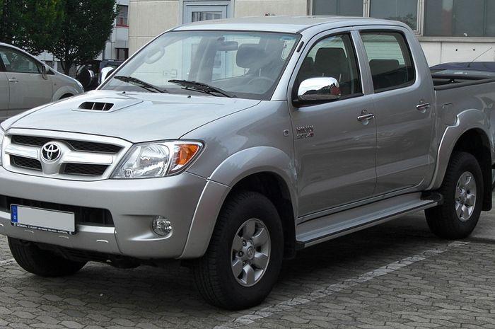 Ilustrasi Toyota Hilux generasi pertama yang hadir secara resmi di Indonesia
