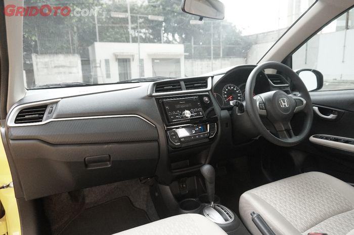 Desain interior Honda Brio Satya E CVT