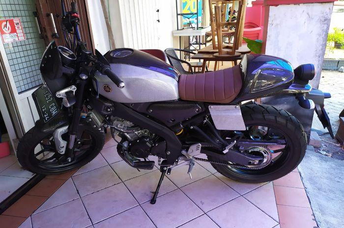 Yamaha XSR 155 full carbon kevlar.