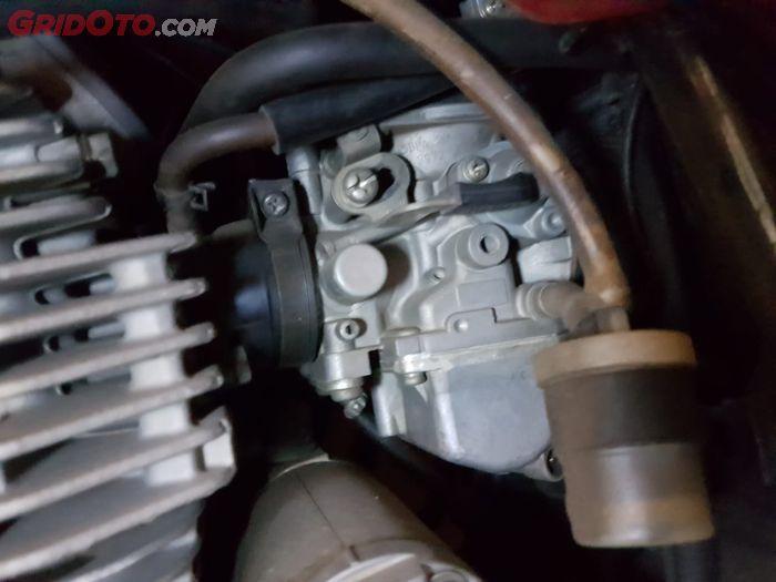 Ilustrasi karburator Yamaha Scorpio