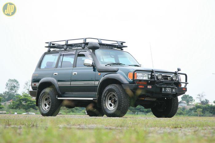 Toyota Land Cruiser Seri 80