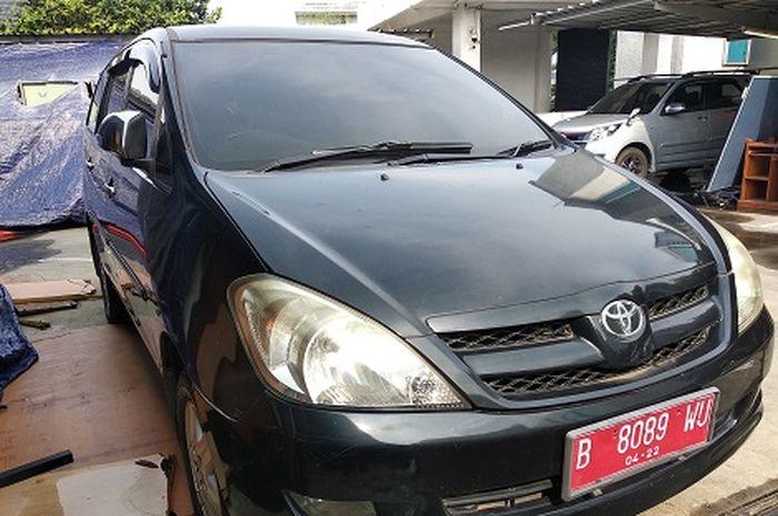 Toyota Kijang Innova bekas bakal dilelang KPKNL Jakarta III dalam waktu dekat.