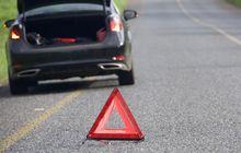 mobil bermasalah, begini cara berhenti darurat di jalan tol yang aman
