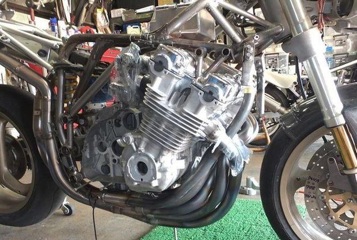 Rangka tralis Ducati kena rombak sehingga jadi double cradle