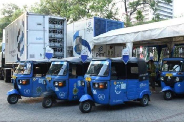 Ilustrasi kendaraan umum Bajaj