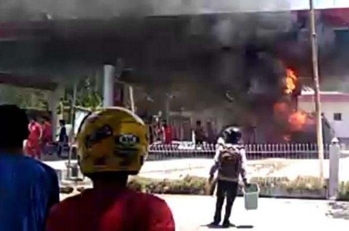 SPBU terbakar di Sulawesi Barat