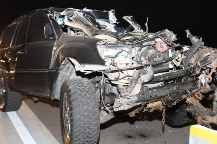 Toyota Land Cruiser nahas yang ditumpangi Kapolres Tulungagung