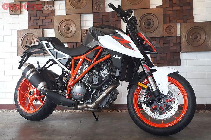 Ktm 1290 Super Duke R >> Diluncurkan Di Indonesia Ktm 1290 Superduke R 2017 Lebih