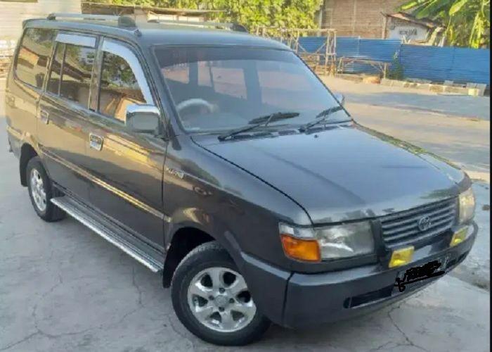 Harga Mobil Bekas Toyota Kijang Diesel Tahun 1997 Mulai Rp 50 Juta Banyak Dicari Gara Gara Banjir Gridoto Com