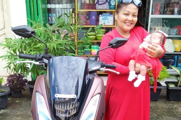 Seorang bayi di Medan diberi nama Lexi.