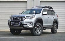 Toyota Land Cruiser Prado Siap Off-road, Ganteng Dengan Bodi Jangkung