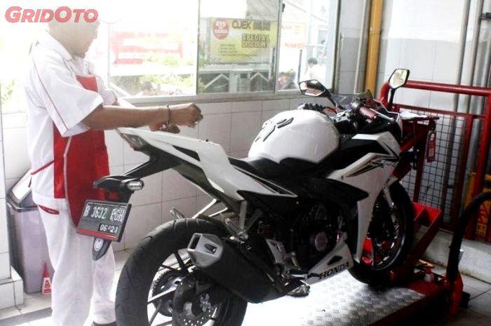 Biaya Servis Lengkap Motor Honda Di Bengkel Resmi Gridoto Com