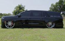 Cadillac Escalade Kaki-kaki Kandas, Pelek 30 Inci Tenggelam Ditelan Fender