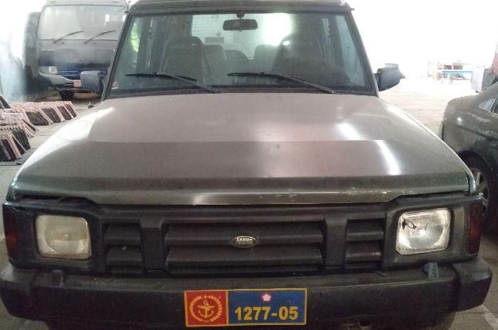 Land Rover Discovery rakitan 1994 yang dilelang KPKNL Yogyakarta
