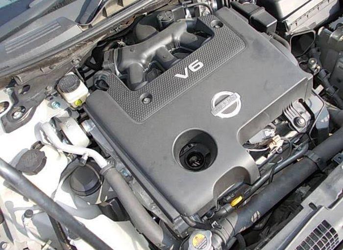 Ilustrasi mesin Nissan Teana J32