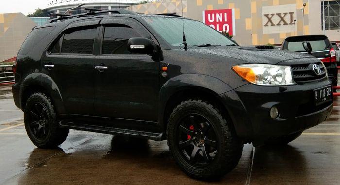 Toyota Fortuner gagah modifikasi ala city slicker berdarah off road