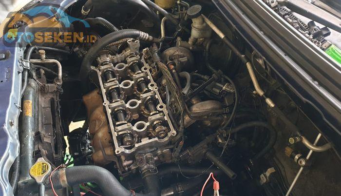 Perbaikan mesin Suzuki Aerio