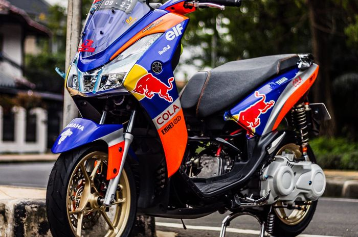 Yamaha Lexi modifkasi bergaya street racing