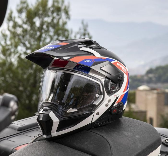 N70-2 X bergaya ala helm motocross