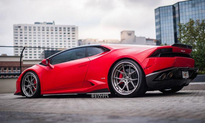 Beberapa ubahan bodi bikin Lamborghini Huracan makin sporty