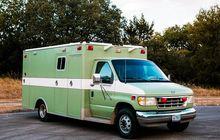 Bentuknya Sih Ambulans, Tapi Ternyata Rumah Berjalan, Isi Interiornya Bikin Ngiler