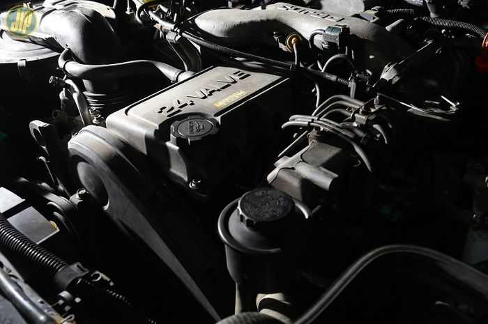Spesifikasi mesin diesel 4.2 Liter dengan katup 24 Valve berkode 1HD-FT