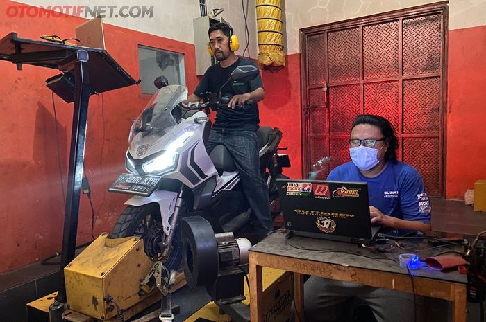 Upgrade performa Honda ADV 150, ubahan minim tapi tenaga naik hingga 4,54 dk!!