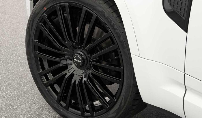 Land Rover Defender baru dipasok pelek Monostar E ukuran 23 inci