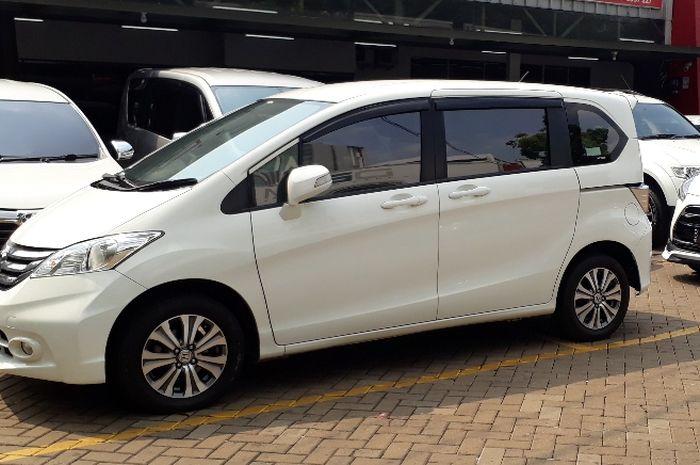 Honda Freed Bekas
