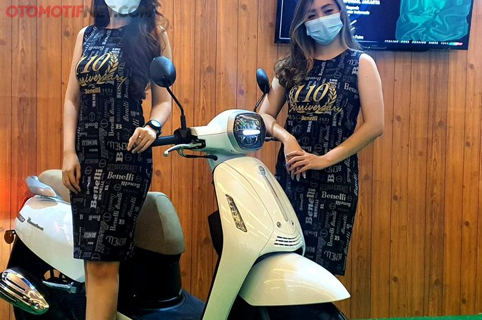 PT BMI meluncutkan Benelli Panarea di pameran otomotif di JiExpo Kemayoran, Jakarta, Minggu (18/4/2021)