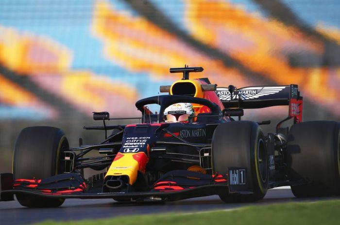 Hasil FP3 F1 Turki 2020: Trek licin karena hujan, Max Verstappen jadi yang tercepat, sementara Lewis Hamilton tak mencatatkan waktu