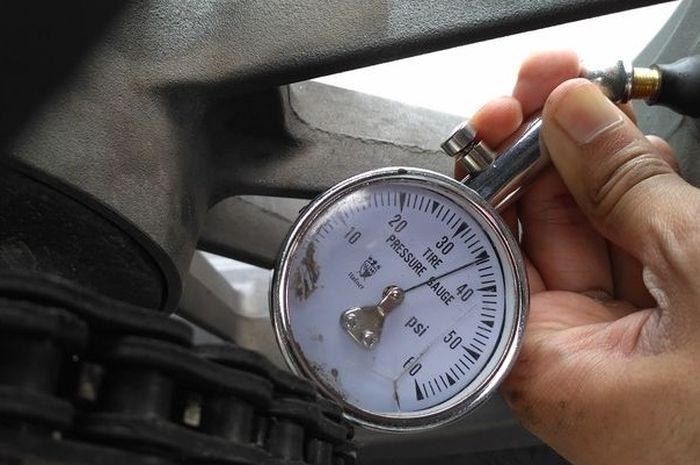Ilustrasi pengukuran tekanan angin