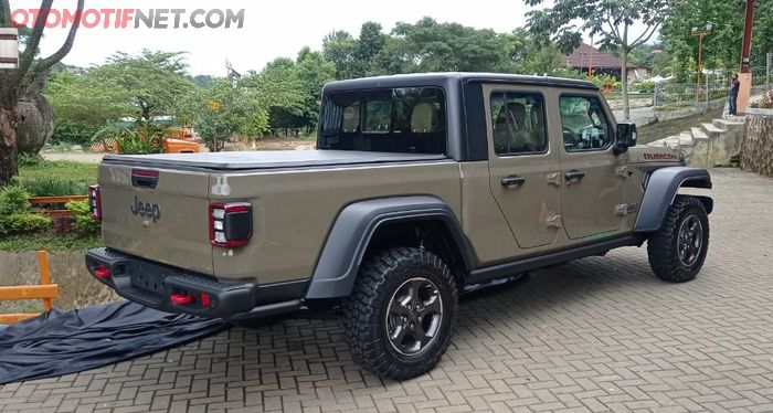 Jeep Gladiator JT double cabin