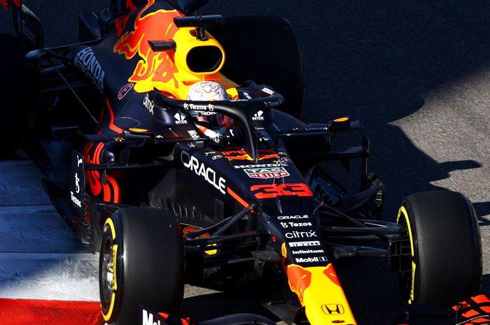 Max Verstappen menggunakan mesin baru di F1 Rusia 2021