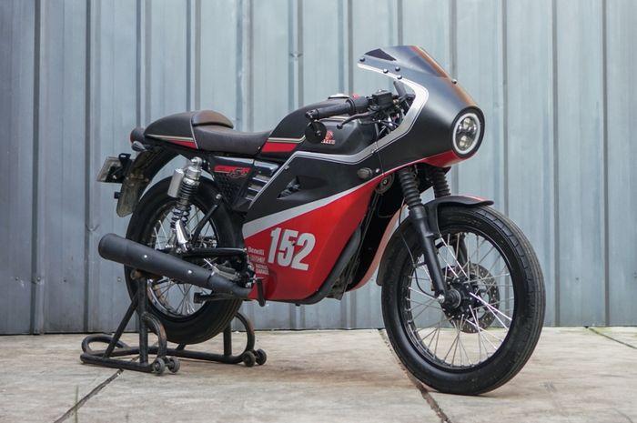 Modifikasi Benelli Motobi 152 garapan Custom Kit, perkuat gaya cafe racer