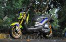 Honda Zoomer-X Tampil Ciamik, Dibalut Nastro Azzuro, Part Brembo dan Ohlins Ikut Nempel